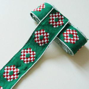 Baumwoll-Band Grün mit Rot-weisser Blume