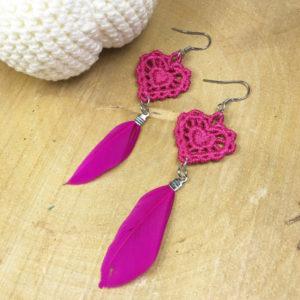 Ohrringe Spitze Herz pink mit pinker Feder