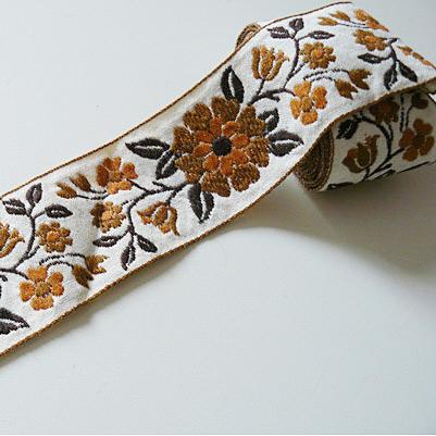 Band gewebt braune Blumen