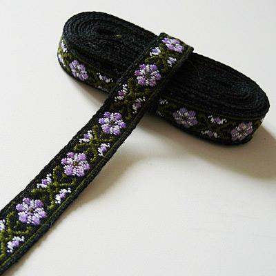 Band gewebt Schwarz mit lila Blumen