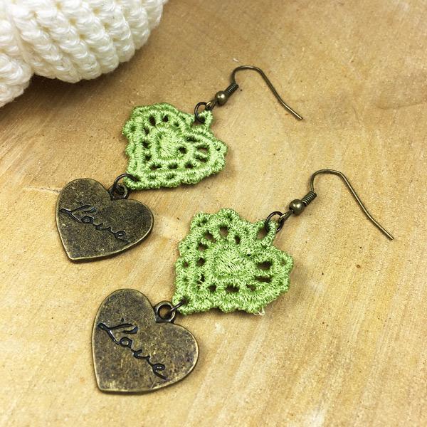 Ohrringe Spitze Herz Grün mit Anhänger Love-Herz